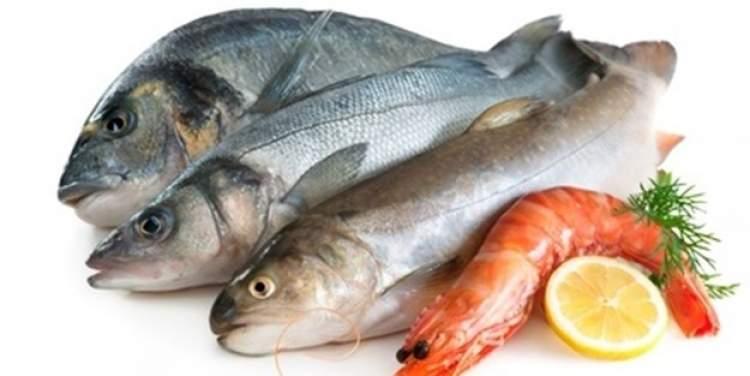 çiğ balık yendiğini görmek