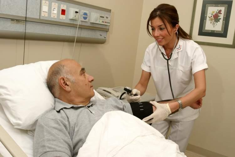 hasta birini iyileşmiş görmek