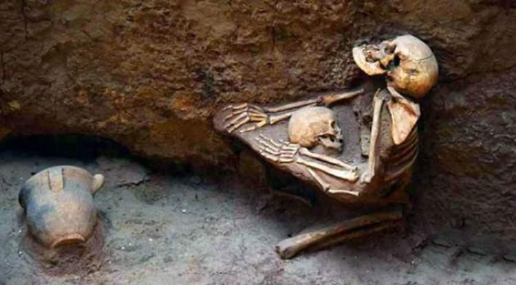 ölmüş anneyi ölmüş görmek