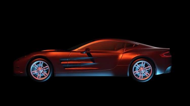 son model kırmızı araba sürmek