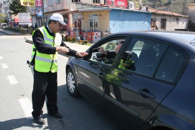 trafik polisi görmek