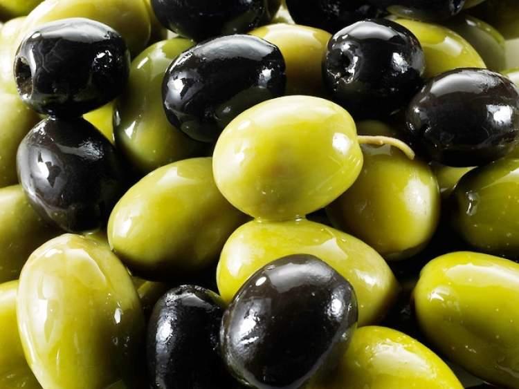 yeşil zeytin siyah zeytin görmek
