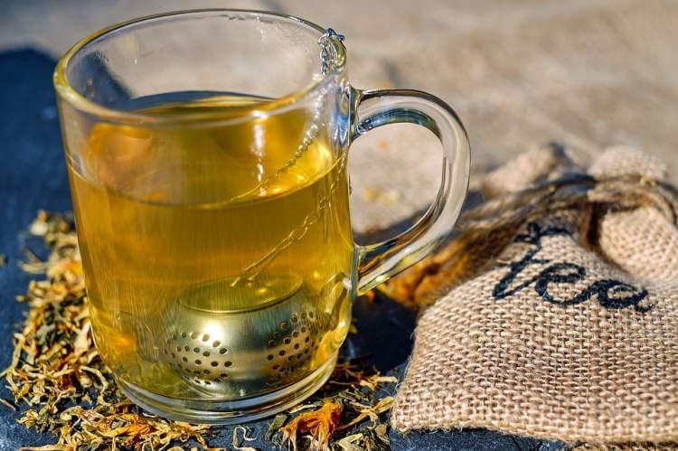 bardak bardak çay görmek