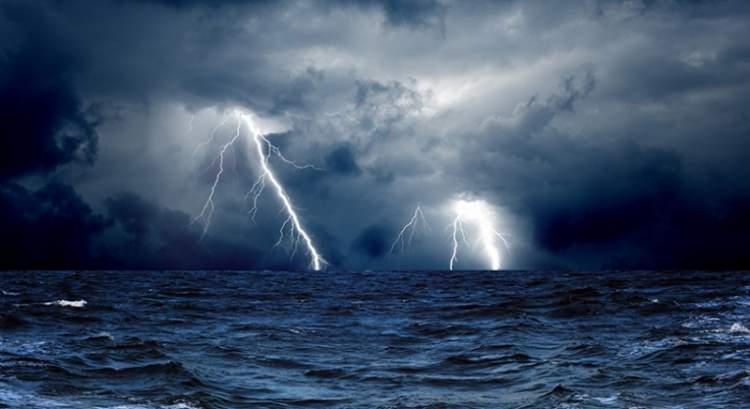denizde fırtına kopması