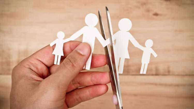 Rüyada Eşinden Boşandığını Görmek