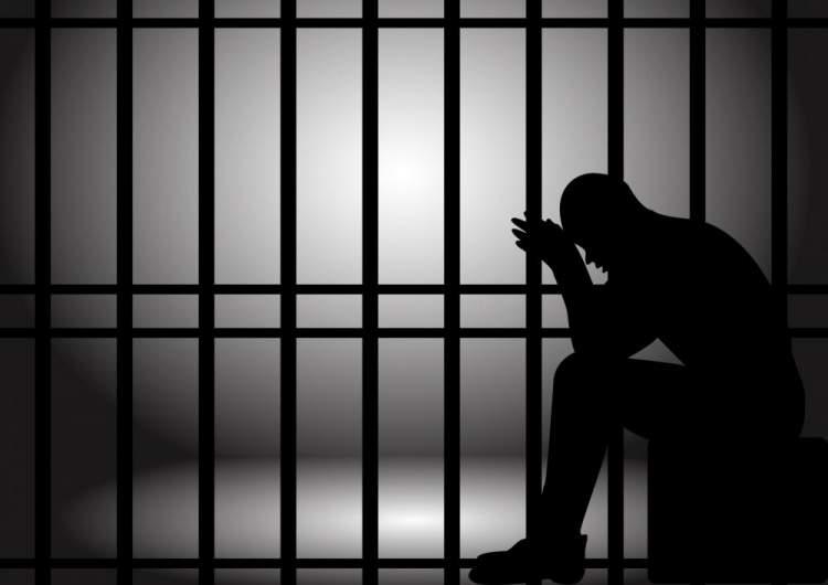 hapse düşmek