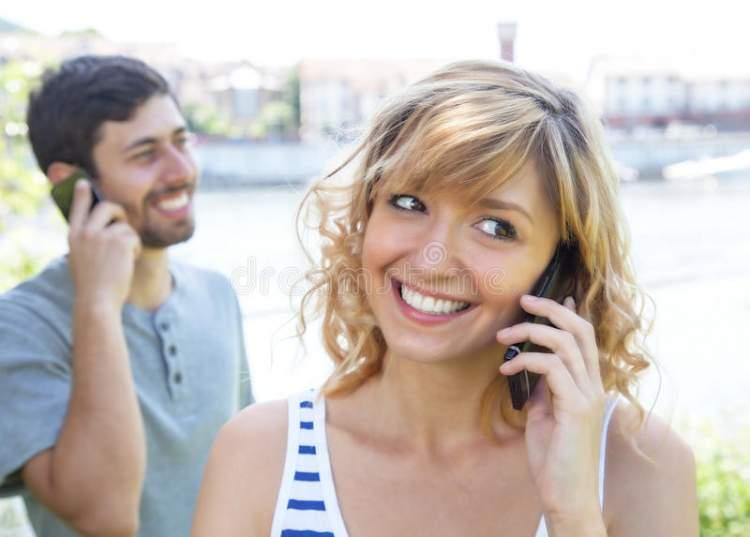 Rüyada Sevdiğinle Telefonda Konuşmak