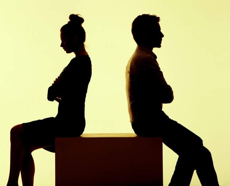 boşanmak istediğini görmek