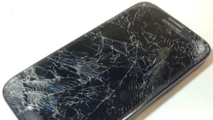 telefonun düşüp kırılması