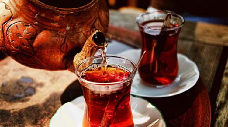 Rüyada Çay Doldurmak