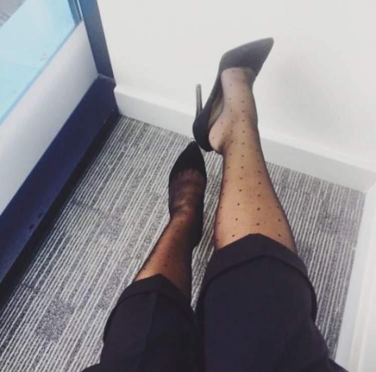 Rüyada İnce Çorap Giymek