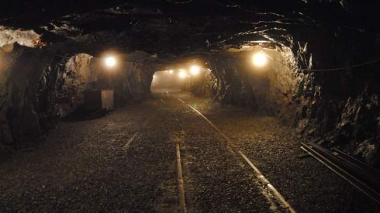 maden ocağı görmek